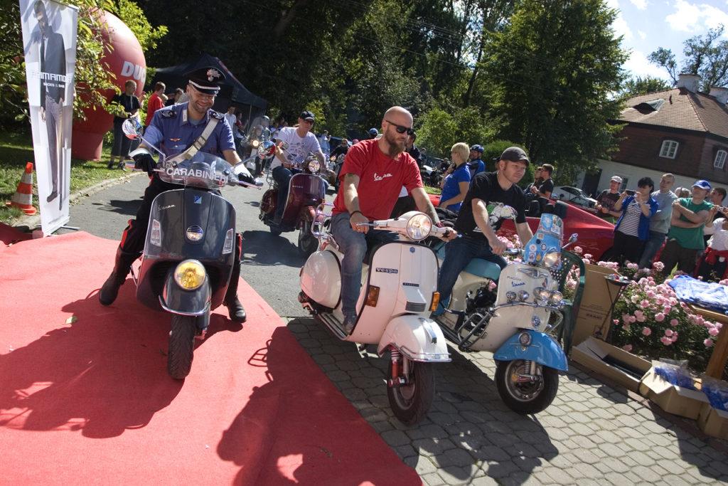 Piknik Forza Italia Pałac Obory